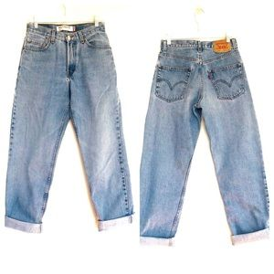 Women's High Rise Mom Jeans Levi's 550 28X32
